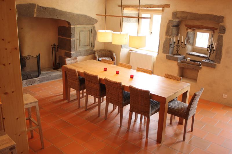 maison-de-vacances-a-louer-dans-le-cantal-auvergne-grand-gite