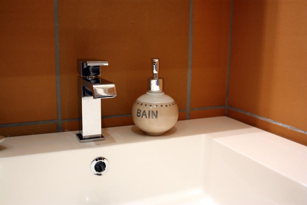 salle-de-bain-cantal-auvergne-petit-gite