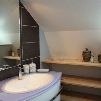 salle-de-bain-du-dortoir-cantal-auvergne-grand-gite